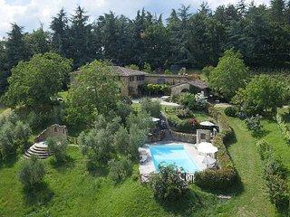 Villa San Lorenzo, Scarperia e San Piero