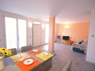 NEW WELL EQUIPPED APARTMENT WITH POOL 700M FROM BEACH | AP10