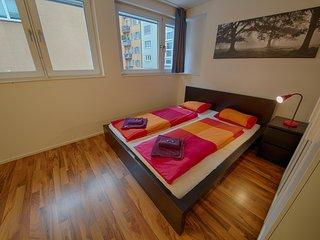ZH Badenerstrasse IV - HITrental Apartment Zurich, Zúrich