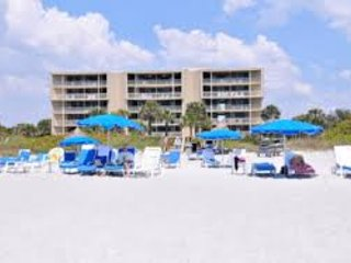 Amazing Gulf Beech Rental with Fantastic FREE Amenities!!!