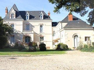 La Roseraie, Chambres d'hotes, Neuville de Poitou
