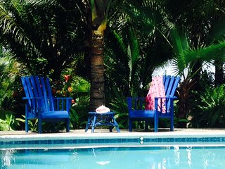 Beautiful Beach House with Large Pool!! Sleeps 2 to 12. Meals Option.