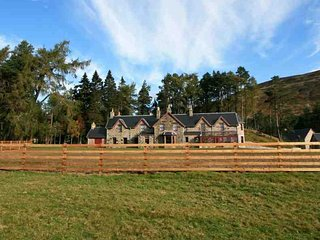 306B-Deluxe Highland Lodge, Dalwhinnie
