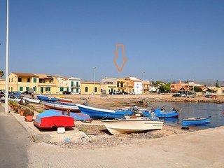 Casa fronte mare. Rent house front sea Noto.