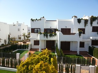 Mar de Pulpi 99 - a fully equipped two bedroom first floor apartment, sleeps 4
