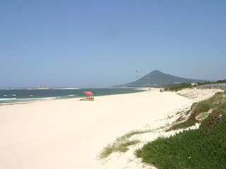 50 minutes from Porto Airport, 5 Minutes from Beach and Town, High Quality Villa, Caminha