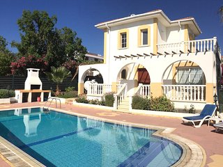 Villa Orange-Private Pool, Near Sandy Beach Restaurants & Shops, Alsancak - Karavas
