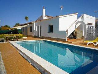 Chalet con 3 dormitorios, piscina privada, WiFi gratis