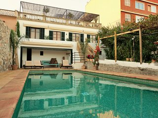 Rent a gorgeous villa with swimming pool in Palma de Mallorca!