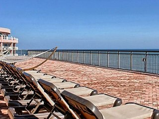 Gorgeous 1 BR 1 BA Direct Oceanfront Unit at the Caravelle Resort! FREE WIFI!