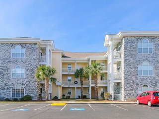 Awesome Views from this 3rd Floor, 2 bedroom Condo in Myrtlewood Villas