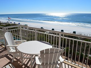 Destin Towers MIDDLE UNIT! BEACHFRONT!