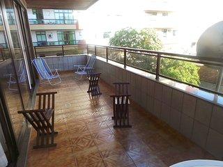 Apartamento lindo 2 quartos a 3 quadras da Praia do Forte e proximo ao Canal