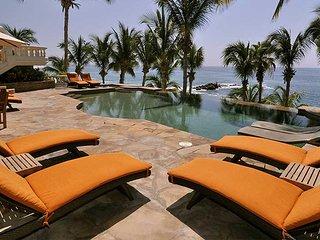 Casa Mariposa is a beachfront paradise! Wake up to spectacular sunrise views, Cabo San Lucas