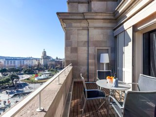 Luxury Suite with private terrace Placa Catalunya, Barcelona