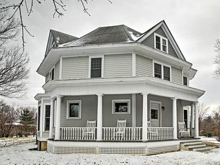 Historic 3BR Jefferson Home - Restored & Spacious!
