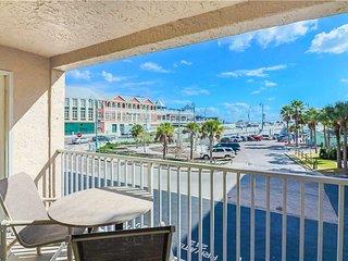 #101 Beach Place Condos