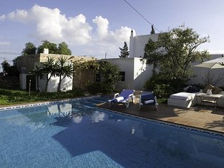 QUIET FINCA IBIZENZA in a PERFECT LOCATION, Sant Jordi
