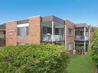 Allamanda Court Unit 6 - Handy to Tweed Heads Hospital