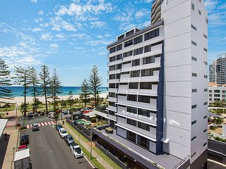 Aries Unit 5 - Beachfront Central Coolangatta