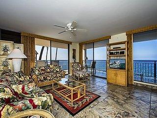 2 bedroom Spectacular Oceanfront Condo in Oceanfront complex, Kailua-Kona