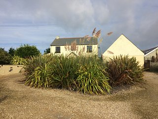 Rural House within 2 miles of Perranporth beach