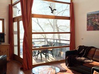 Lipno Marina,Winter Wonderland PROMO,Lakefront Penthouse 2 story,3 bdrm,1.5 bath