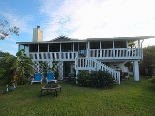 Tybee Island Waterfront Retreat with FREE parking & WiFi