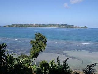 Une des plus belles vues mer de Nosy-Be pour cette villa de 8 personnes