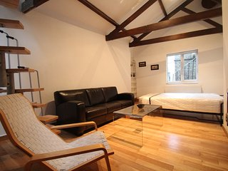 Lovely Apartment on Hatton Wall EC1