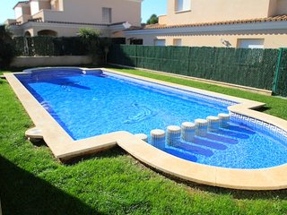 SAN FELIPE adosado jardin privado piscina wifi