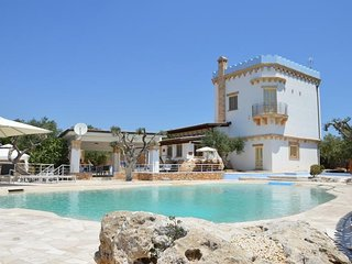 Tower Villa and pool, Alliste
