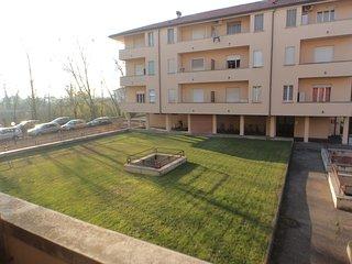Sweet Home Five, Pavia