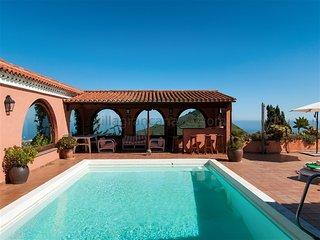 Villa in Bandama 4000 m2 with private pool