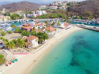 2 Bedroom Close to Beach & Amenities, Santa Cruz Huatulco