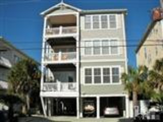 Sandscape 1 - Ocean View - Pool - Steps to Beach - 3BR/2BA Beach House - 5 Star, Carolina Beach