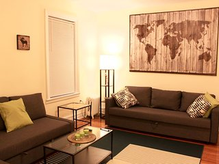 Lovely One Bedroom Apartment in NYC!, Jackson Heights