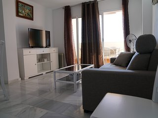 Apartment near to the sea with Parking and Pool