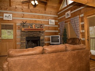 A Moment In Time, 2 BR/2 BA in Pigeon Forge