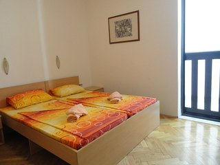 Apartments Mare- apartment for 2 near the sea #104