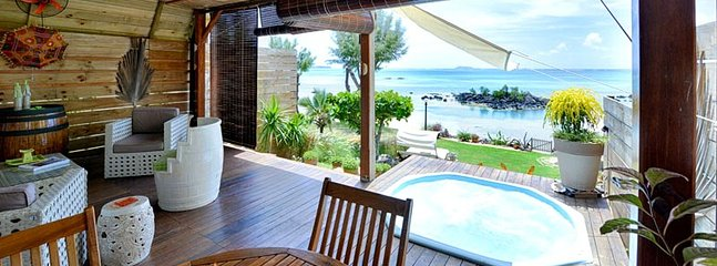 MAOD 1BR beachfront villa in Calodyne