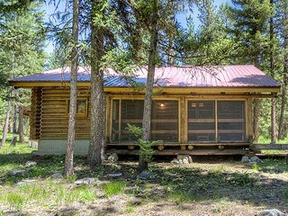Nez Perce Ranch - Cabin 1, Darby