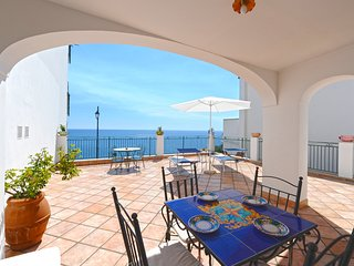 Loft Ventura - studio-apartment with large seaview-terrace, near to the beach