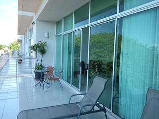 Spacious Ocean View Apartment Just 100 Yards from the Beach - [PP406], Tamarindo
