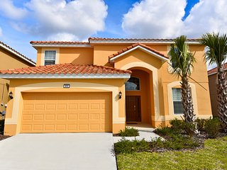 Fabulous 6 bedroom 5.5 bath home from $135nt