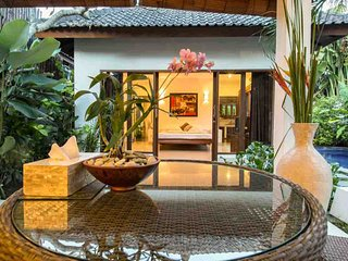 Villa Lotus Kerobokan