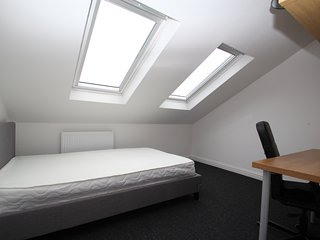 Double Room, Rm 6, Central Location, Stunning House, Sunny Southsea