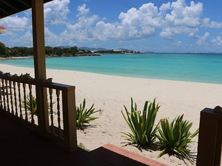 Beach Front Vacation Rentals on Rendezvous Bay Anguilla With and Without Kitchen