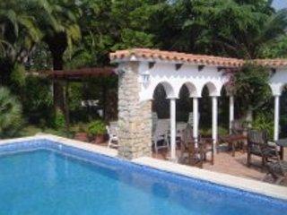Villa   Don Quichotte , con pisina , gardin privada .. ...