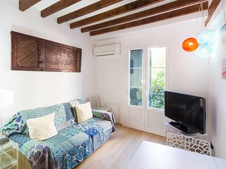 Modern vintage apartment in historic centre of Palma